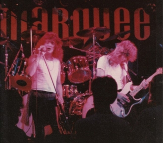 MARKEE 82