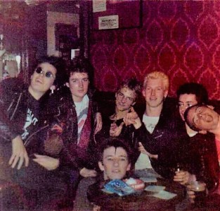 the-fauves-and-friends-at-the-lambton-arms-south-shields-1981-cainey-bob-rob-bri-chris-willie-abbo1
