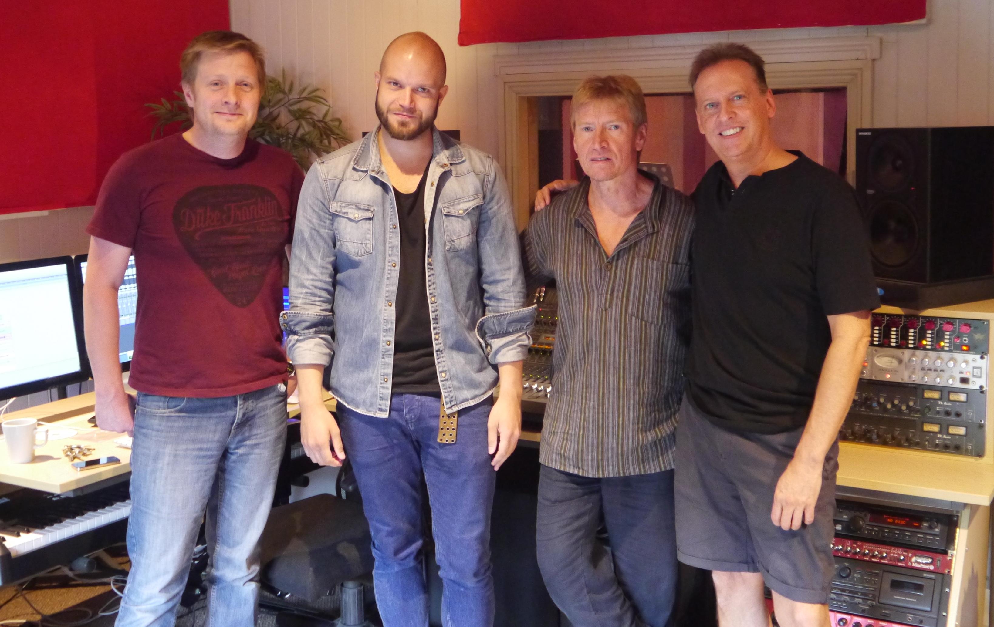 Att Skrs Cluny Studios with Tony Davis, Paul Liddell, Stu Haikney