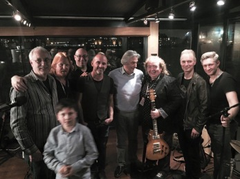 After a PRS guitars party on boat down the Thames with Paul Reed Smith, me, Rob Harris, John McLaughlin, Bernie Marsden, Paul Turner ( from Sunderland) & Alex Toff (Jamiroquai, Whitesnake).